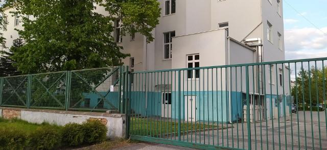 Dyrekcja szpitala w Wąbrzeźnie liczy, że termomodernizacja szpitala zostanie zakończona do końca 2020 r.