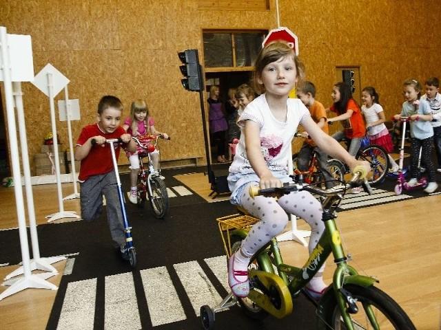 Miasteczko rowerowe w przedszkolu