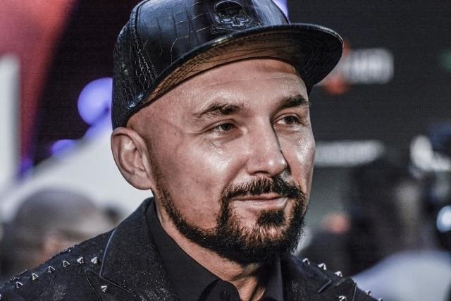 """Patryk Vega w lutym pokazał widzom swój najnowszy film. Tym razem dokument pt. """"Oczy diabła"""""""