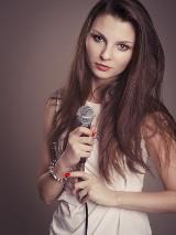 Agnieszka Łazuk zaśpiewa piosenki polskich artystek