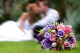 Ile się daje na wesele? Jaką kwotę dać w prezencie ślubnym? Sprawdź! [stawki]