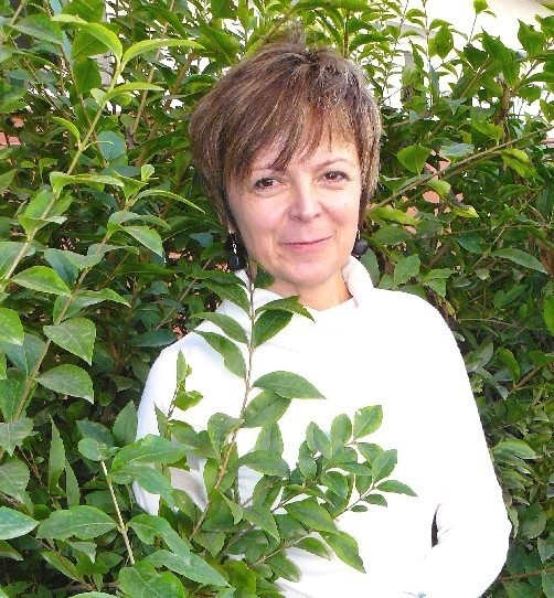 Małgorzata Sokół ma 47 lat. Jest nauczycielką wychowania fizycznego w Zespole Szkół Budowlanych. Jej hobby to fotografia i podróże.