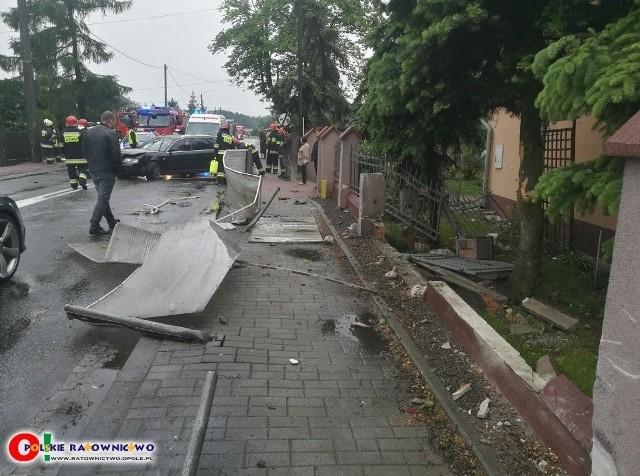 Do groźnej kolizji doszło na Drodze krajowej nr 11 w Kostowie (gmina Byczyna).