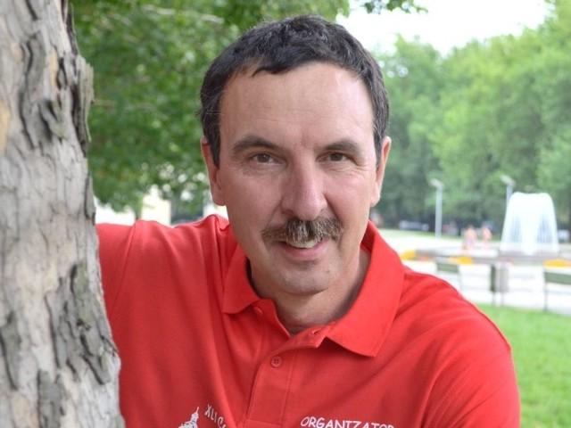 Zbigniew Rudziński jest prezesem PTTK oddział w Gorzowie. Od lat propaguje turystykę pieszą, promuje turystyczne walory północy regionu.