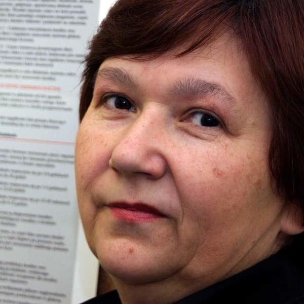 - Trzeba stale dostarczać organizmowi insulinę, najlepiej w sposób zbliżony do fizjologicznego - radzi lek. med. Joanna Kędzierska.