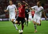 Wraca Liga Europy. Gry pewny jedynie Tomasz Kędziora. Lider Bundesligi zagra z AS Romą