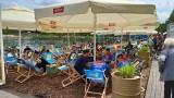 Katowice. Ogródki gastronomiczne: pierwszy dzień otwarcia. Mariacka, Sztauwajery i Woda Beach Bar w Dolinie Trzech Stawów