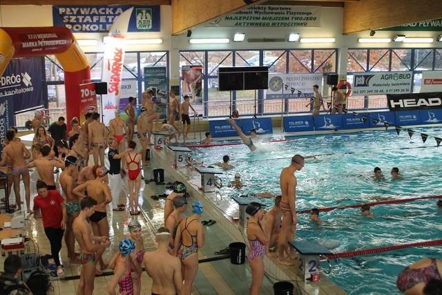W weekend na pływalni wrocławskiego AWF-u był spory ruch
