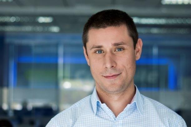 Kamil Klukowski, Carsmile