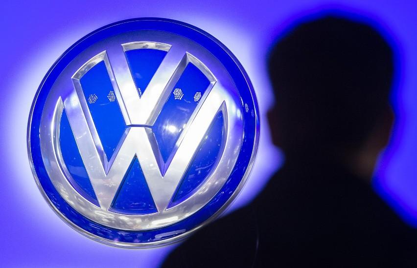 W listopadzie ujawniono, że Volkswagen mógł zaniżać poziom zużycia paliwa i emisji CO2