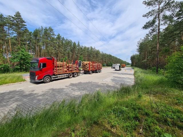 Ciężarówki z drewnem zatrzymane przez opolskich funkcjonariuszy ITD.