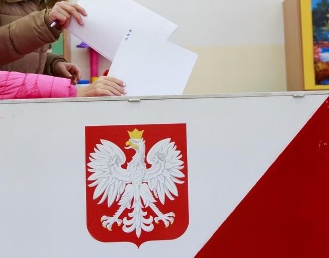 Po dwóch miesiącach spokoju, znów rusza wyborcza machina. Tym razem przed głosowaniem na prezydenta Polski. Nazwiska kandydatów już znamy.