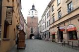 Widzę ciemność. Brama Krakowska dalej bez iluminacji. – Co się stało? – pyta miejski radny