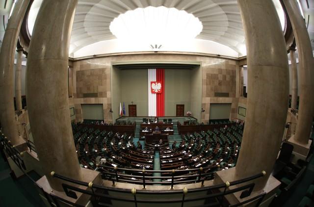 Kto będzie reprezentował Małopolskę w Sejmie podczas następnej kadencji? Przejdź do galerii i zobacz przyszłych posłów.