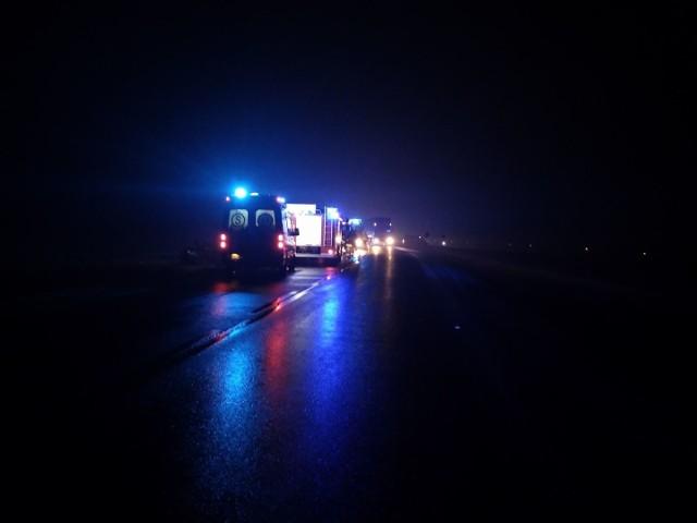 Wypadek na DK66 między miejscowościami Stary Laskowiec i Wola Zambrowska. Audi zjechało do rowu