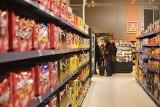 Zakaz handlu. Małe sklepy notują spadki obrotów i upadają. Regulacja pozbawiona ekonomicznego sensu