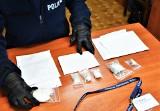 Dwóch dilerów narkotykowch zatrzymanych. Wpadli podczas transakcji