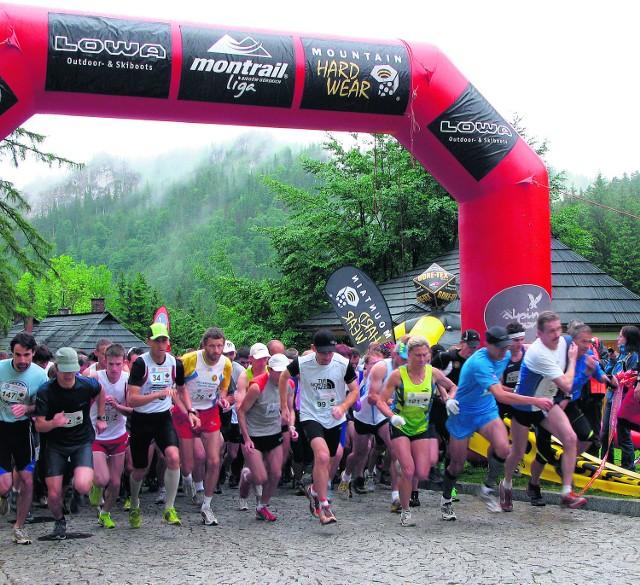 Start do ekstremalnego biegu znajdował się w Kuźnicach obok kolejki linowej. Ponad 200 zawodników pobiegło w góry