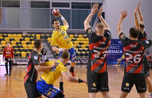 Zawodnicy Gwardii walczyli na tyle, na ile mogli, ale i tak polegli w Kielcach różnicą 15 bramek.