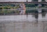 Warta oferuje rejsy turystyczne. Zwiedzanie Poznania tramwajem wodnym oraz inne atrakcje rzeczne już wystartowały