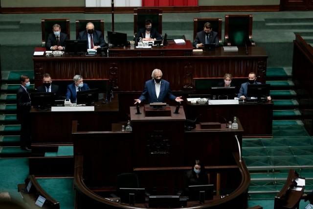 Sejm ratyfikował Fundusz Odbudowy. Ryszard Terlecki (na zdjęciu) uważa, że to jedno z najważniejszych głosowań tej kadencji.