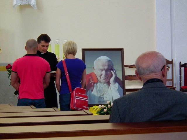 Świątynia parafii pw. św. Karola Boromeusza na os. Pod Lipami w Poznaniu to wotum wdzięczności za pontyfikat bł. papieża Jana Pawła II