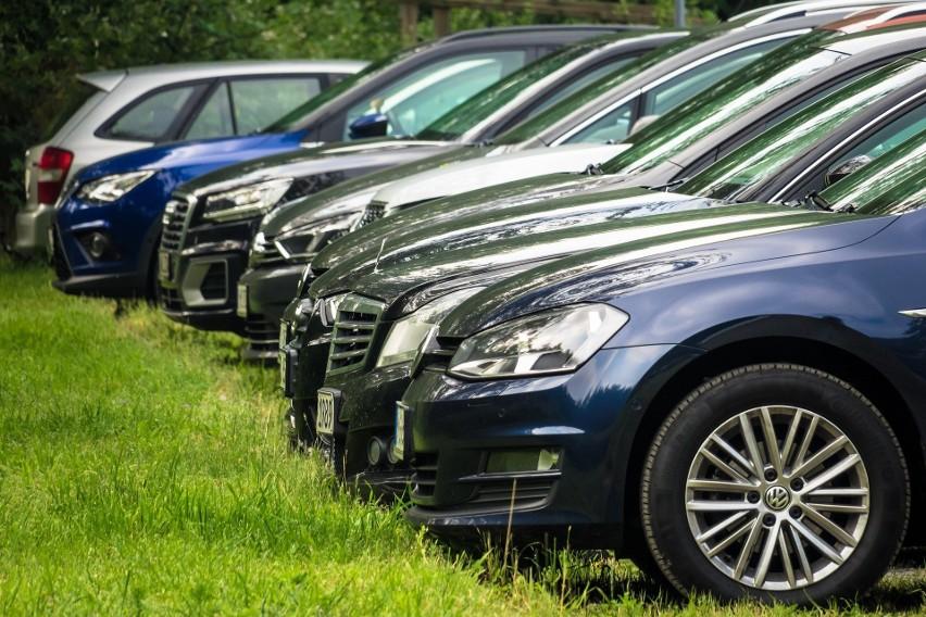 Kierowcy proszeni są o zachowanie ostrożności i zwracanie uwagi na wprowadzane obecnie zmiany w oznakowaniu.