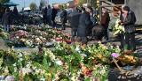 Niedzielny targ w Wierzbicy. Ładna pogoda i tłumy handlujących oraz kupujących. Bardzo duży ruch. Widać to na zdjęciach