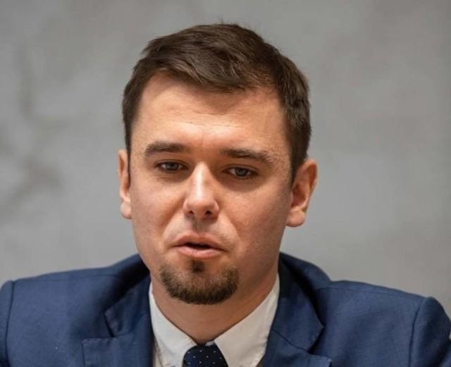 Nie rozumiem zarzutów radnych - mówił burmistrz Adrian Łuckiewicz