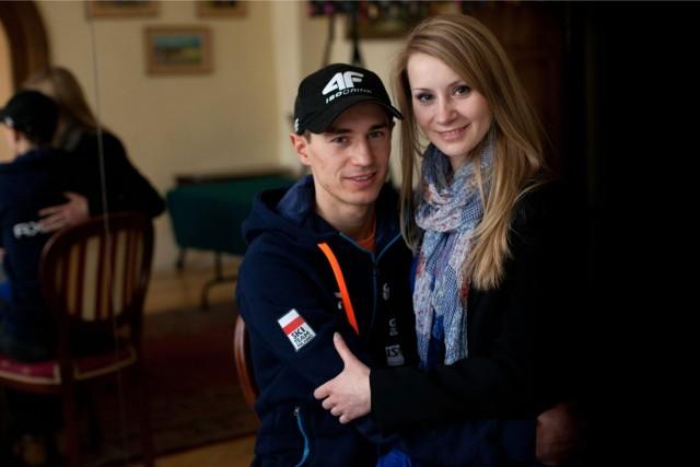 Mimo że Ewa wielokrotnie reprezentowała swojego męża na licznych wydarzeniach, miejsca na czołówkach gazet zajęła dopiero po Gali Mistrzów Sportu. Tam w imieniu swojego męża odebrała nagrodę dla najlepszego sportowca roku.