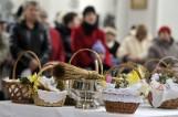 Wielkanoc 2019. Wielka Sobota: święcenie pokarmów w kościołach w Koszalinie