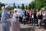 Pałac Branickich w Białymstoku. Spacer z królem Augustem Poniatowskim i Izabelą Branicką (zdjęcia, wideo)