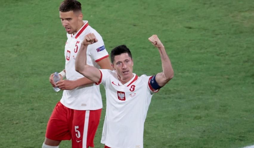 LE-WAN-DO-WSKI! Ten gol zapewnił punkt Polakom [WIDEO]