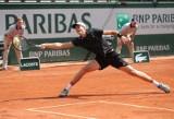 Roland Garros. Novak Djoković dał Hubertowi Hurkaczowi surową lekcję tenisa. Polak odpada w pierwszej rundzie