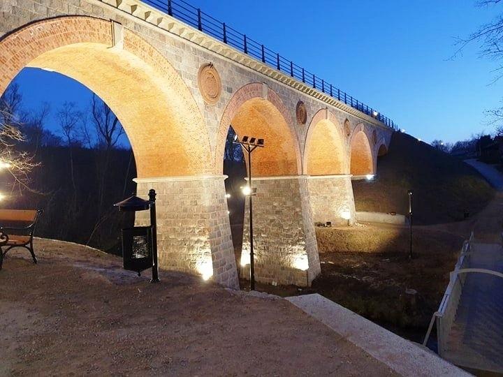 Odrestaurowany most nad rzeką Borują nominowany do konkursu...