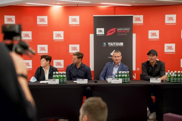 Uczestnicy poniedziałkowej konferencji w hotelu Novotel Centrum w Poznaniu