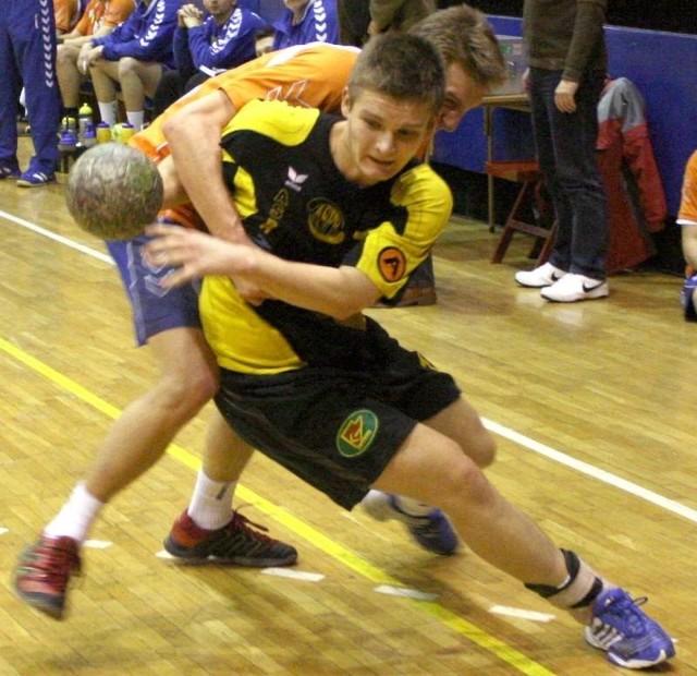 Paweł Swat, skrzydłowy ASPR-u w I lidze zdobył 95 bramek, choć grał tylko w 17 meczach.