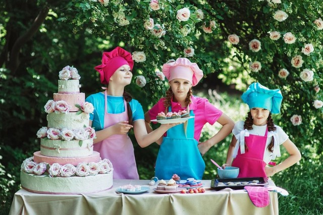 Zastanawiasz się, gdzie w Kielcach i powiecie kieleckim zamówisz najlepszy tort na wesele? Oto najlepsze cukiernie i pracownie cukiernicze w Kielcach i powiecie kieleckim polecane przez użytkowników Google.