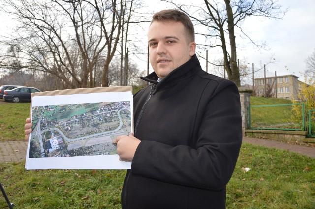 Prezydent Marek Materek zaprezentował koncepcję przebiegu nowej ulicy Moniuszki.
