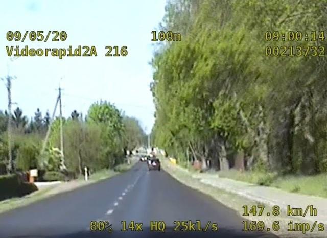 Prawo jazdy straciło czterech kierujących, którzy gnali przez drogi Włocławka i powiatu włocławskiego.
