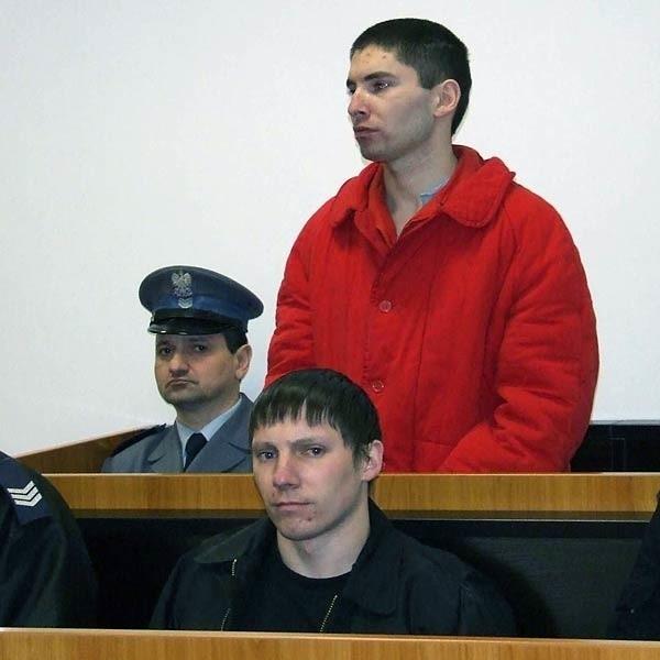 We wtorek bracia ze Świniar stanęli przed sądem. Przyznają się do wszystkiego. Pozwolili nawet pokazać swoje twarze w gazetach i telewizji.