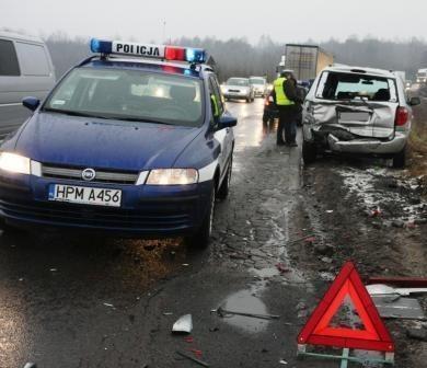 Od północy doszło do 25 zdarzeń drogowych w województwie.