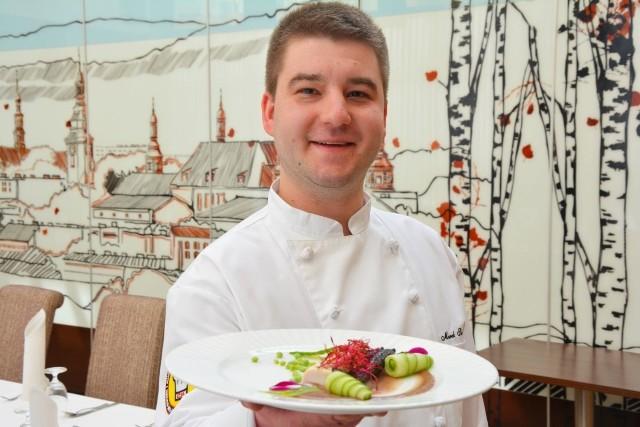Delikatny comber z królika na wielkanocny obiad poleca Marek Skotnicki z Fundacji Świętokrzyskich Szefów Kuchni i Kucharzy.
