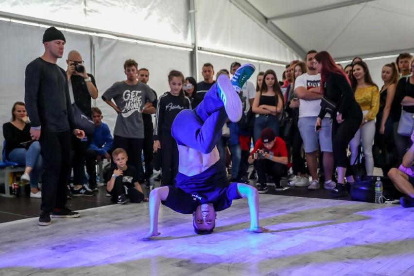 Breakdance kierowany jest do młodych odbiorców z miast,...