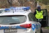Wypadek na AOW we Wrocławiu. Jedna osoba jest ranna