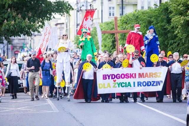 W manifestacji  przywiązania do wartości rodzinnych wzięły udział tłumy bydgoszczan.