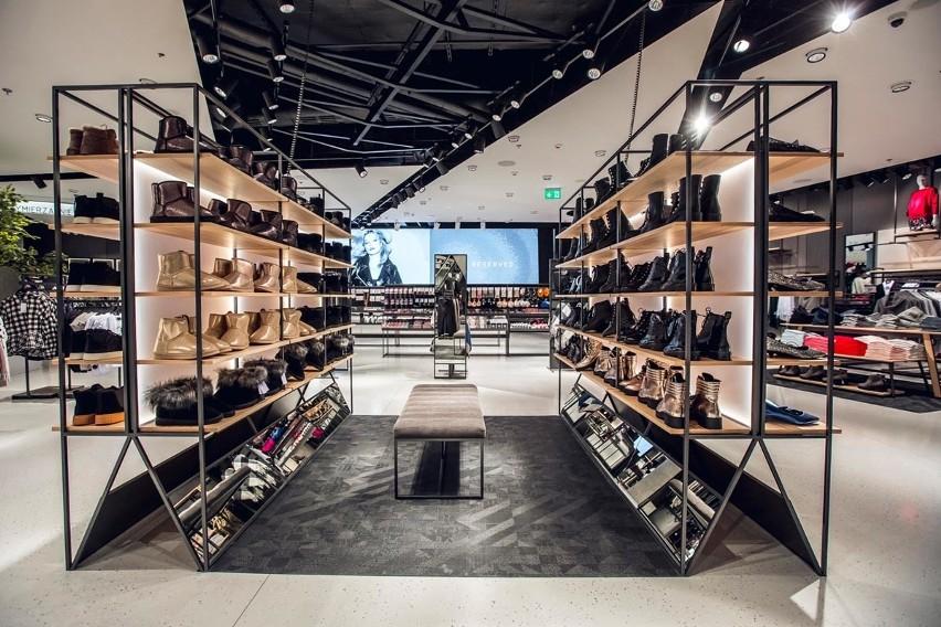 Gdańska firma odzieżowa LPP wprowadza ekologiczne torby w swoich salonach. To działanie w ramach New Plastics Economy Global Commitment