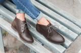 Modne buty na jesień. TOP 10 modeli, które będziemy nosić najchętniej. Zobacz najmodniejsze buty na jesień 2020 [ZDJĘCIA]