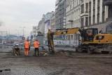 Trwa przebudowa Dworcowej w Katowicach ZDJĘCIA Burzą szalet zlokalizowany pod ulicą