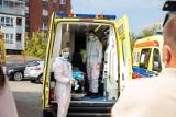 Białystok. Pogotowie ratunkowe pracuje na pełnych obrotach. Dzwonią pacjenci z odległych miast (wideo)